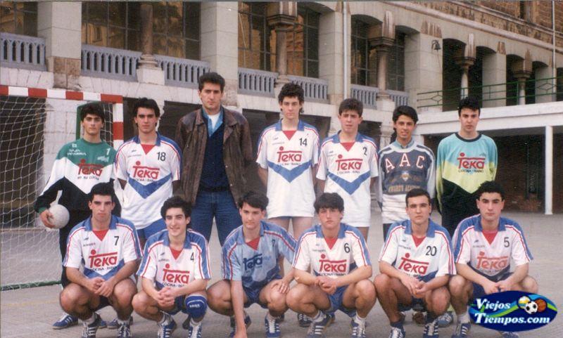 Club Dosa Balonmano Salesianos Cantabria. 1990 - 1991
