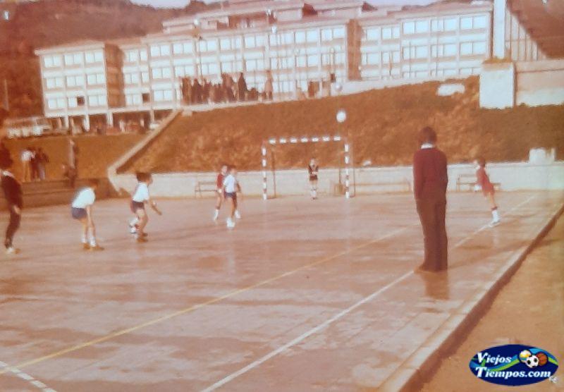 Academia Alpe. 1975 - 1976