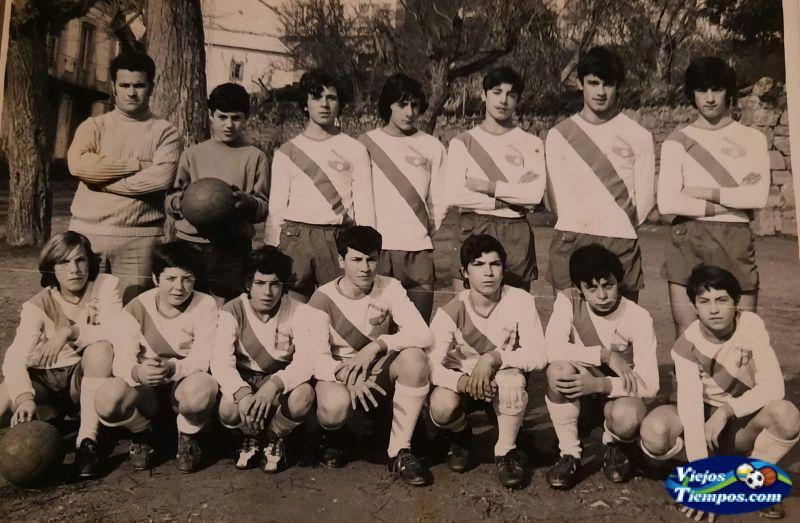 Sociedad Cultural Deportiva Recreativa Galicia de Caranza. 1975 - 1976