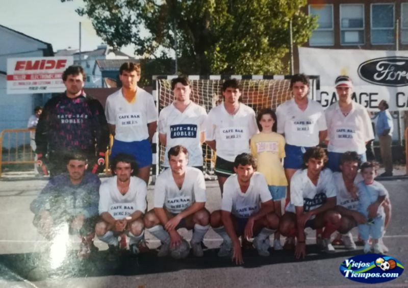 Café Bar Robles Valdoviño F.S 1988 - 1989